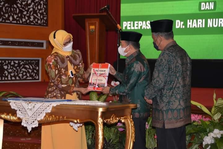 Gubernur Al Haris Terima Memori Jabatan dari Pj Gubernur Jambi
