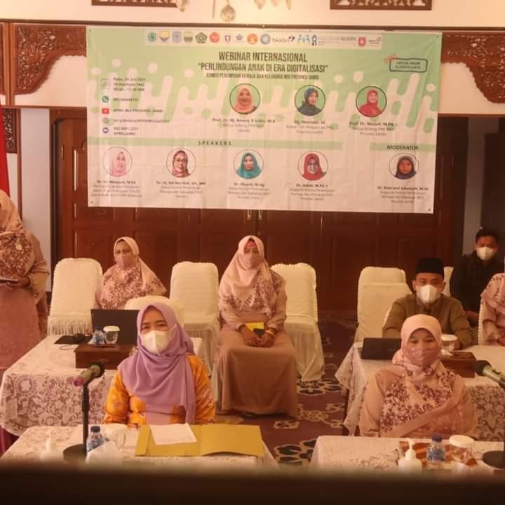 Hj. Hesnidar Haris Dukung Kegiatan Webinar Internasional Perlindungan Anak di Era Digital