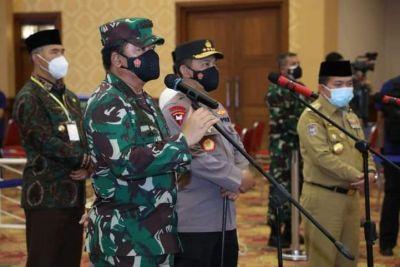 Panglima TNI dan Kapolri Bertemu Gubernur Bicarakan Percepatan Vaksinasi